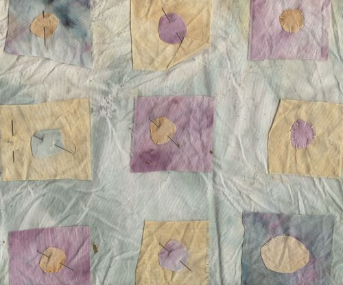 Dye pillow331
