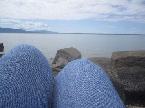 Knees and sea