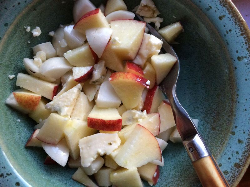 Apple turnip salad