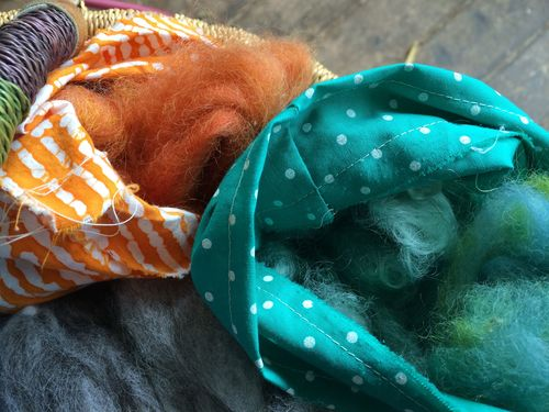 Cloth bags for roving