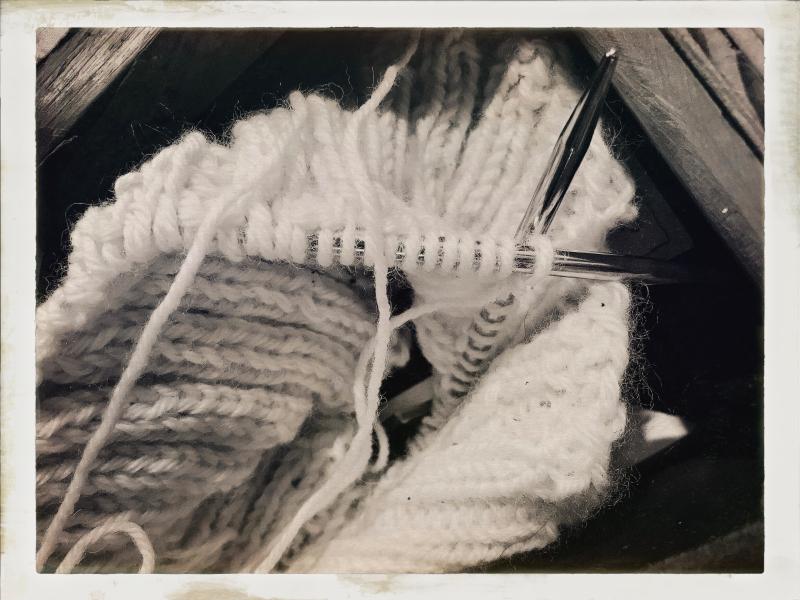 knitting bedside